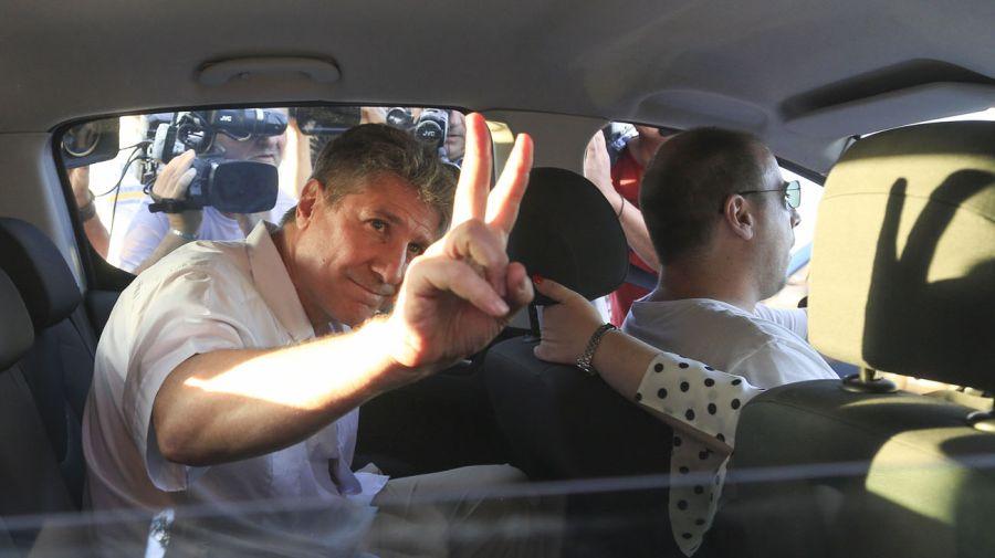 Amado Boudou a la salida del Penal de Ezeiza. Foto: NA.