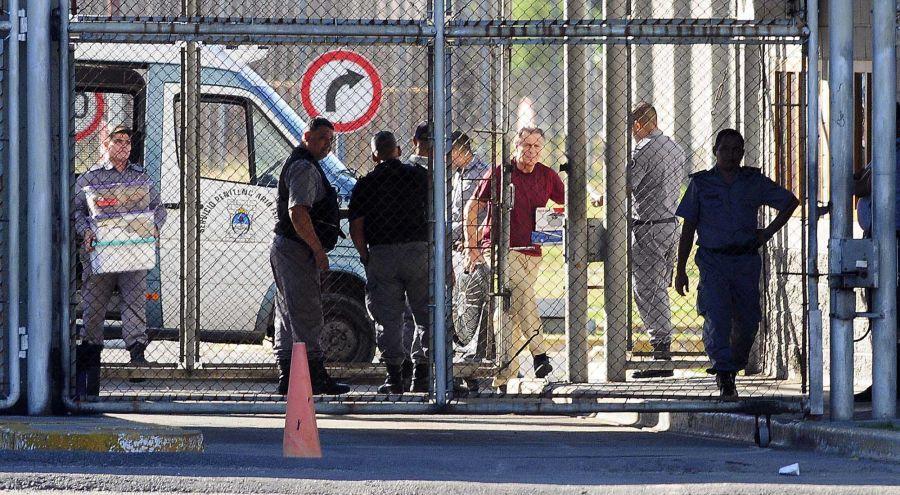 Cristóbal en la cárcel.