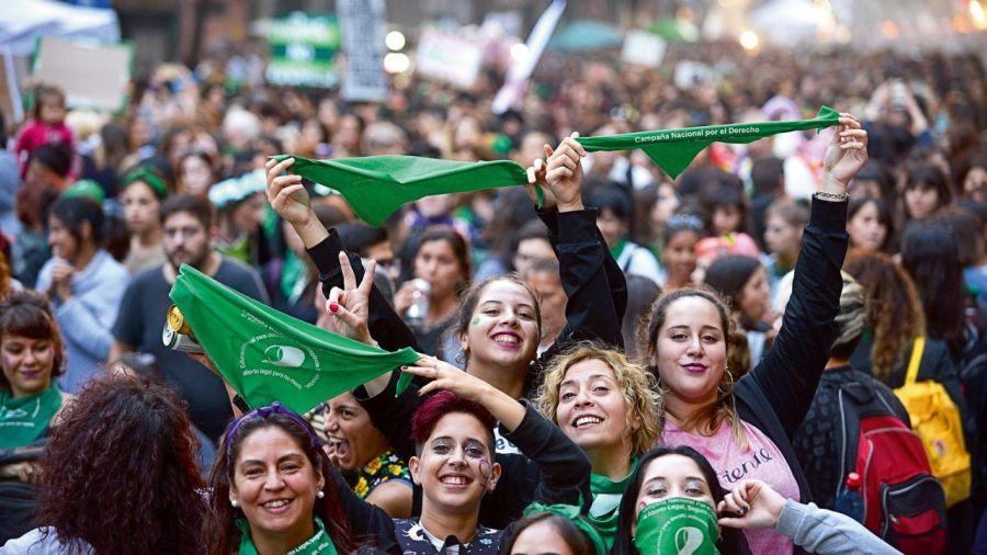 Campaña por la legalización del aborto. Foto: Cedoc.