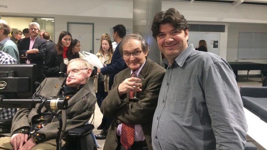 Fernando Alday, Roger Penrose y Stephen Hawking