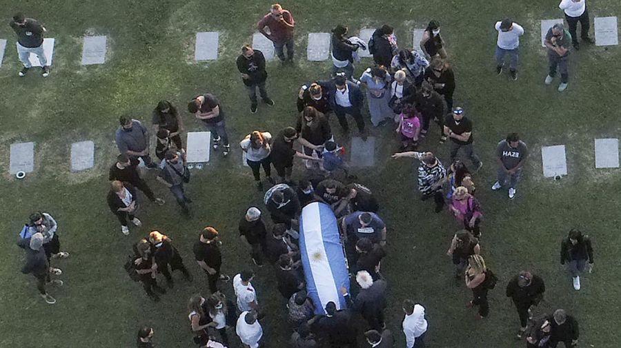 El entierro de Maradona.
