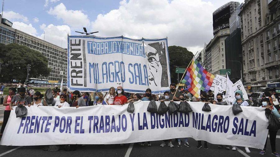La movilización partió desde la 9 de julio y llegó a Tribunales. Foto: Noticias Argentinas.