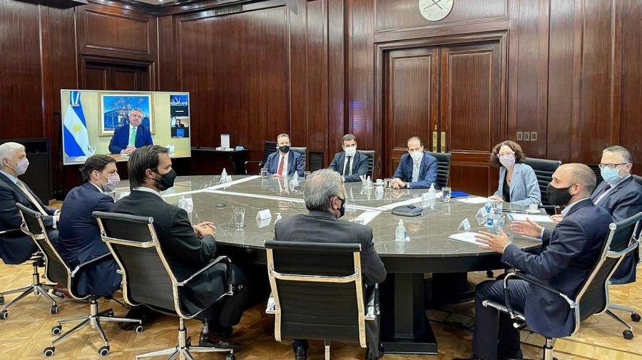 Alberto Fernández en la presentación del nuevo Régimen de Fomento de Inversiones para las Exportaciones junto a los ministros de Desarrollo Productivo, Matías Kulfas; de Economía, Martín Guzmán, y la vicejefa de Gabinete, Cecilia Todesca.