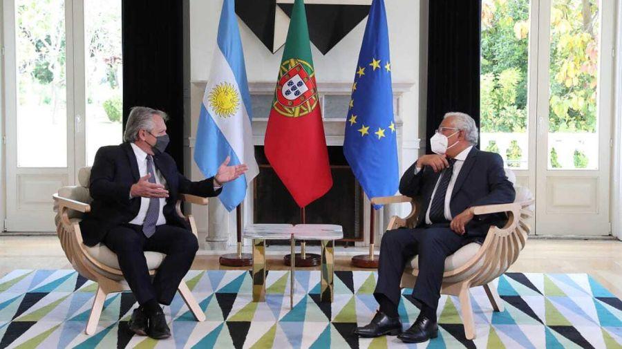 Alberto Fernández con Marcelo Rebelo de Sousa presidente de Portugal