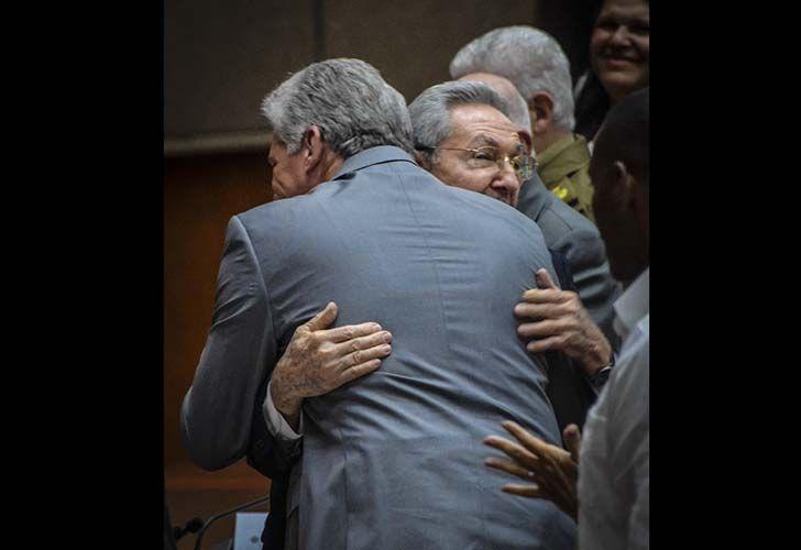 Miguel Díaz-Canel, el sucesor de Raúl Castro, un ingeniero de 57 años su mano derecha desde 2013.