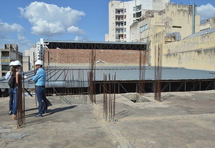 SALA DE ENSAYOS. Con cerramiento traslúcido y acústico, estará ubicada en el tercer piso del edificio.