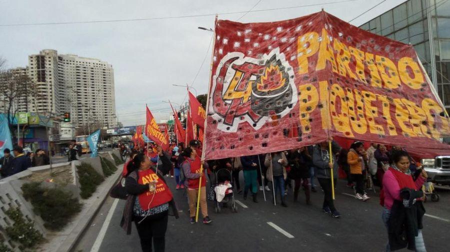 Manifestantes_Puente_Pueyrredón