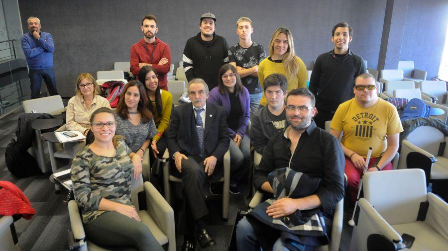 Moreno y la escuelita de periodismo06282018