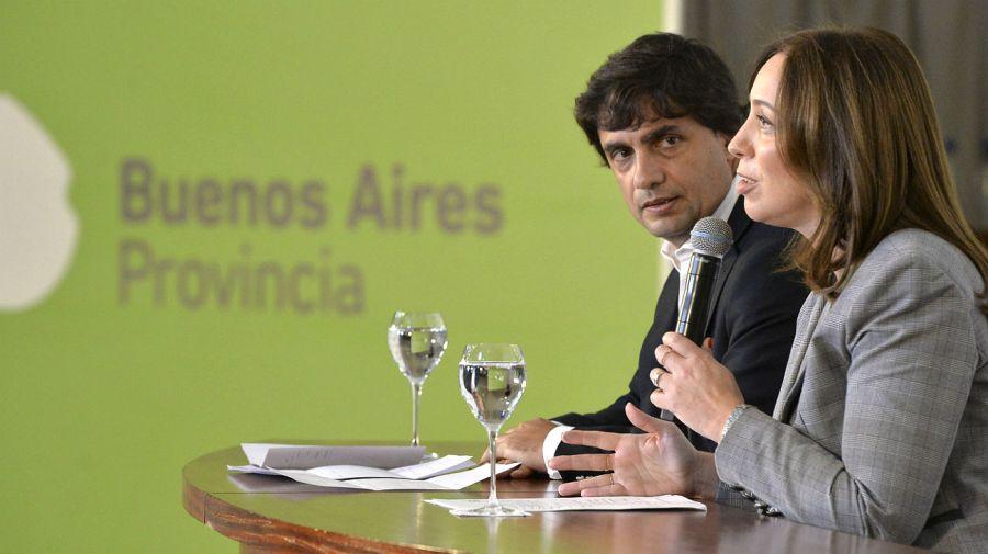 Vidal y Lacunza, en los anuncios de este miércoles en La Plata.