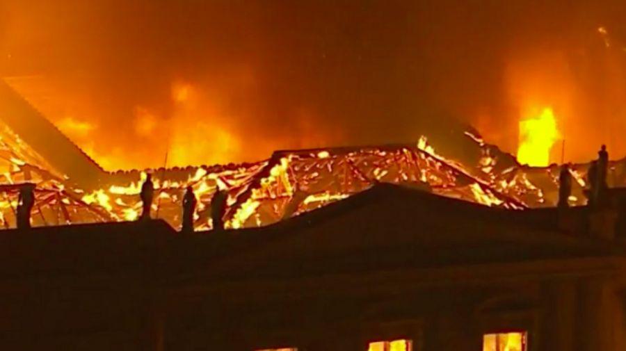 incendio museu rio