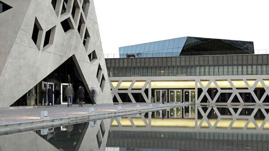 El Centro Cívico del Bicentenario, la sede de la Gobernación cordobesa, será el lugar de la despedida a De la Sota.