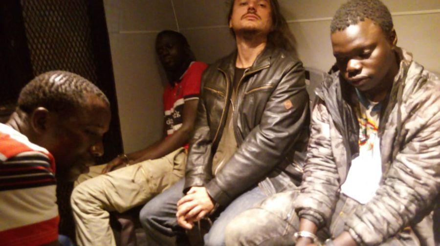 Juan Grabois detenido El dirigente de la CTEP fue detenido junto a dos militantes del MTE y seis trabajadores de la vía pública senegaleses.