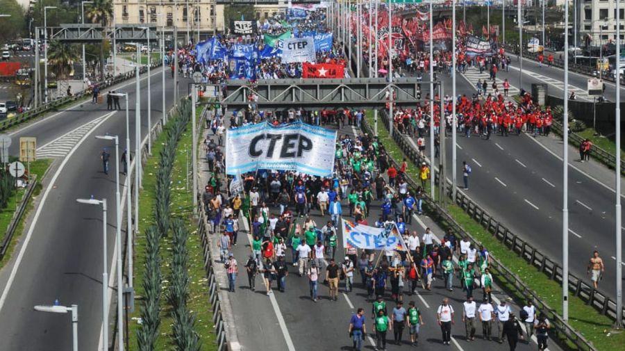 marcha cta silvestro puente 1-24-08-2018