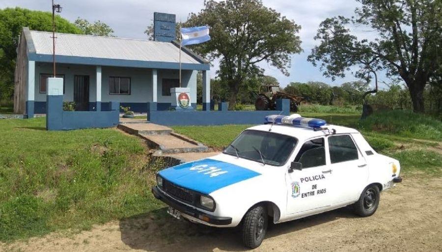 comisaría de Nogoya, Renault 12 para patrullar