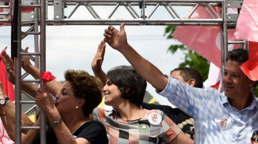 Elecciones en Brasil: Dilma Rousseff queda fuera del Senado