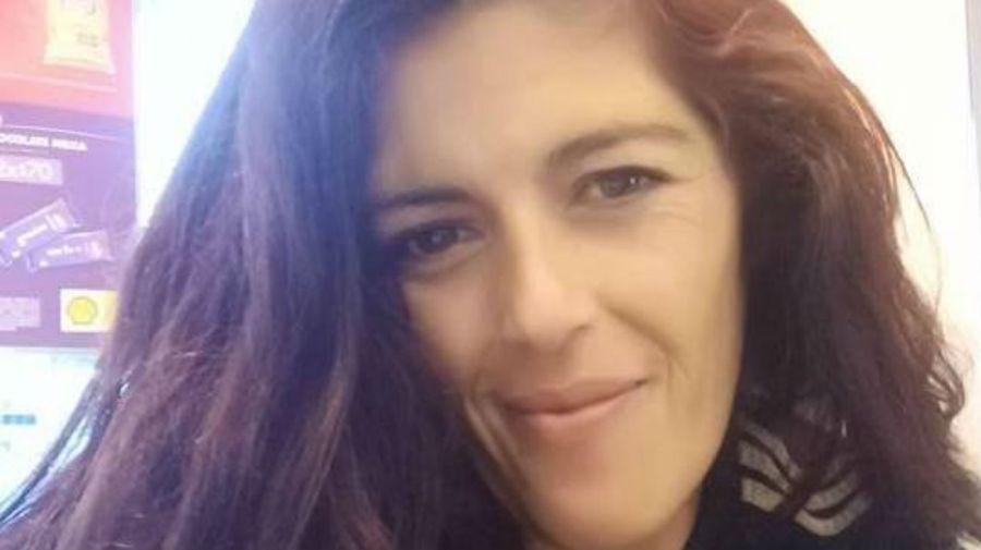 Lorena Arana tenía 35 años y tres hijos. Fue hallada muerta por un disparo en el pecho, el pasado sábado.