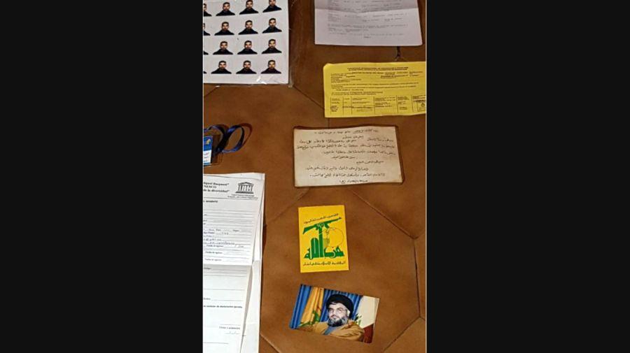 Documentos hallados en el domicilio de los detenidos por su presunta relación con Hezbollah.