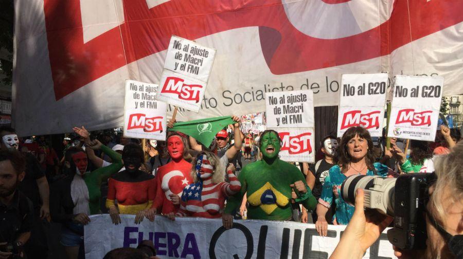 marcha-anti-g20