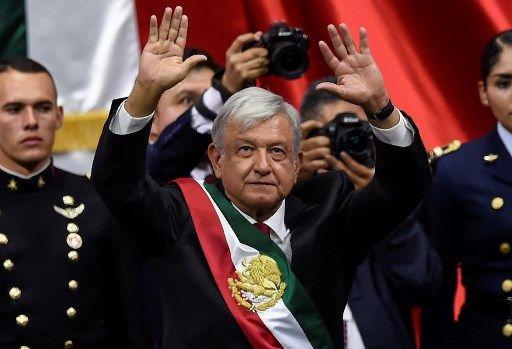 Andrés Manuel López Obrador juró como sucesor de Enrique Peña Nieto.
