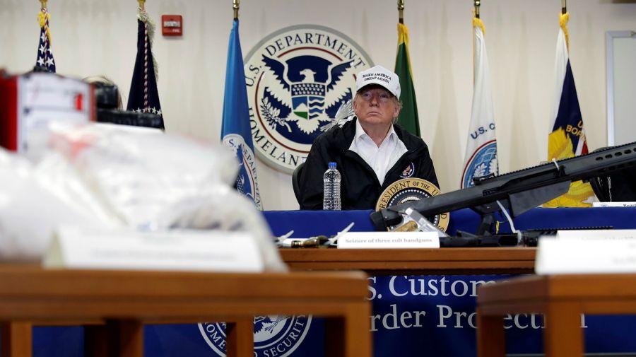 Donald Trump, desde la frontera con México.