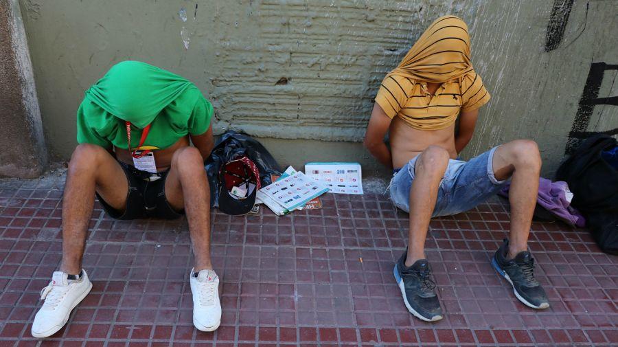 Se hacían pasar por vendedores ambulantes de Hecho en Buenos Aires.