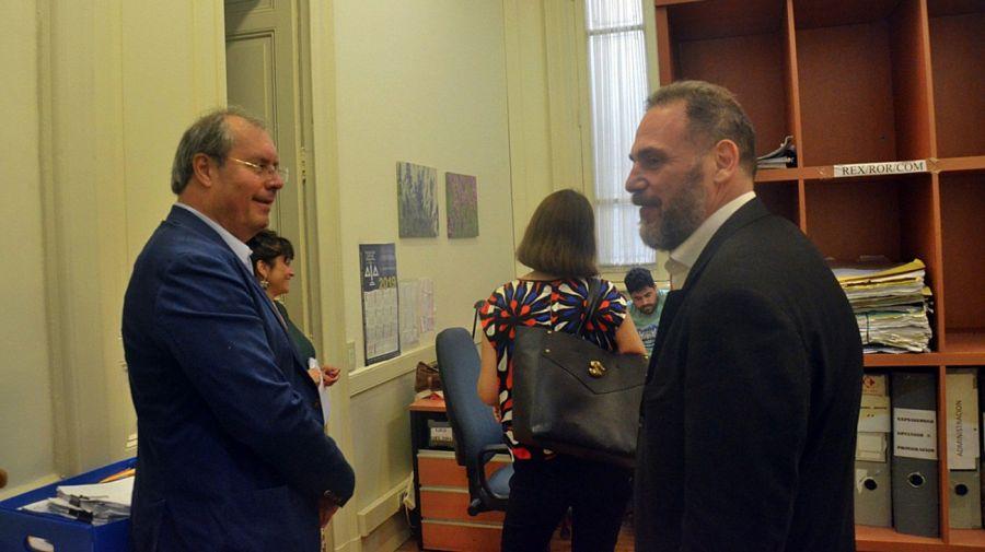 El presidente de la UCR de La Rioja, Héctor Olivares, y el interventor del PRO La Rioja, Marcelo Wechsler.