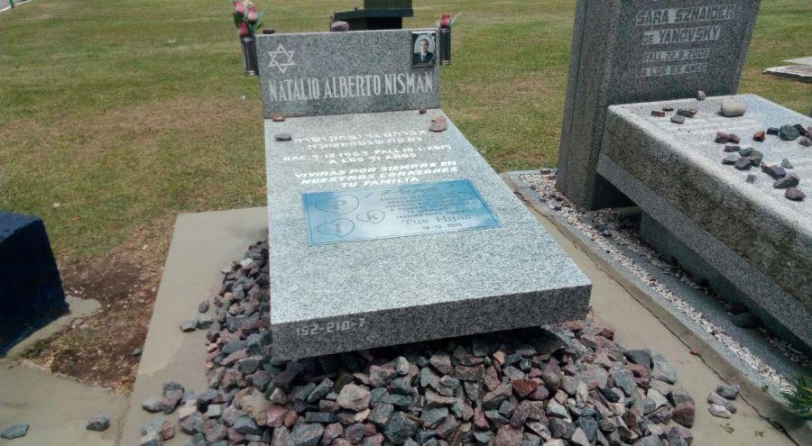 tumba nisman 4 años silvestro