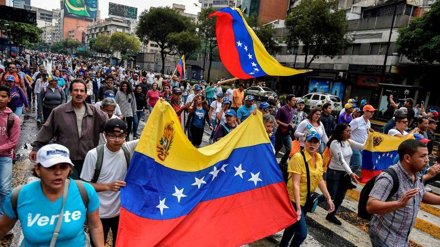 Comenzó la marcha opositora en Venezuela.