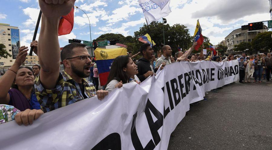 Marcha opositora en Venezuela. Foto:AFP