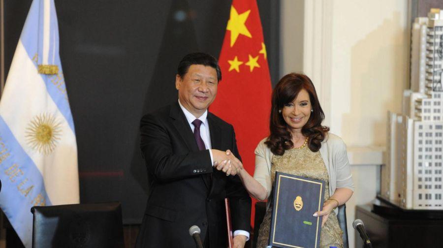Cristina Kirchner y Xi Jinping en la firma del acuerdo.