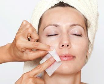 Tratamietos faciales para recuperar la piel del verano