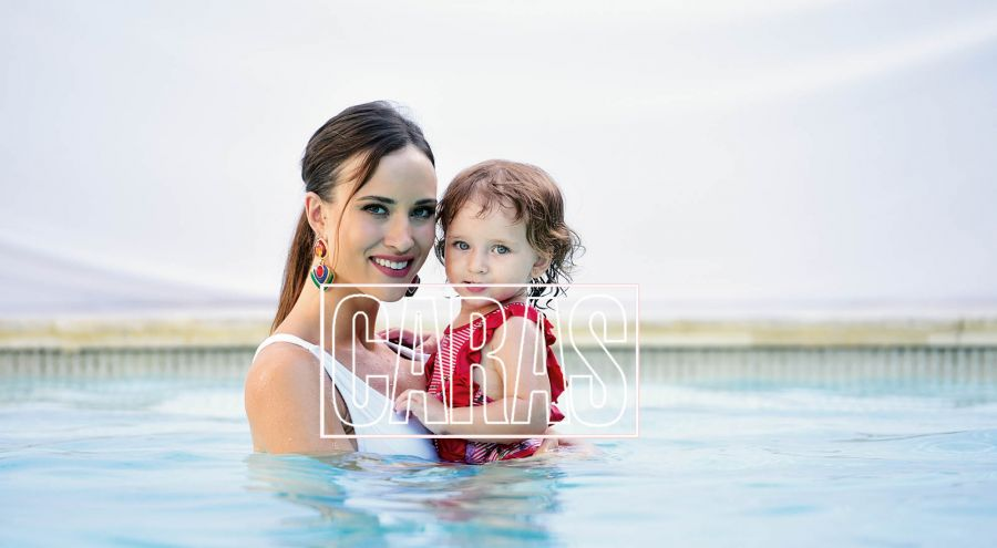Camila Cavallo e hija