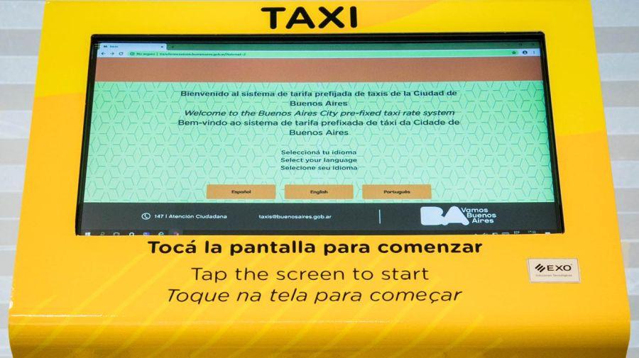 Los totems para pedir el taxi.