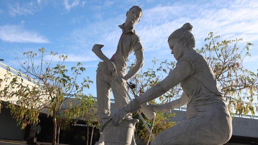 La instalación Casi un monumento de la artista Jowy Román.