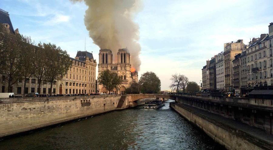 catderal-Notre-Dame-incendio 04152019