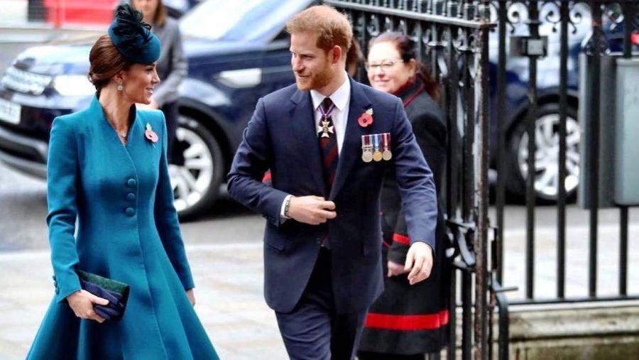 Kate Middleton y el príncipe Harry, juntos.