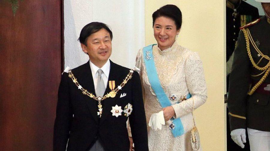 vida del emperador naruhito de japon
