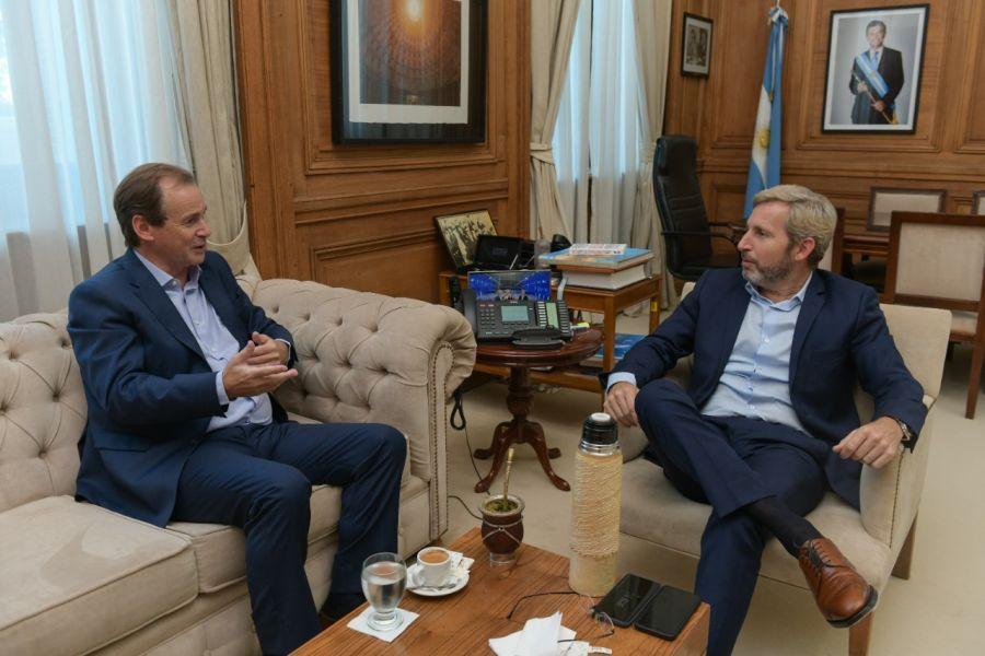 Rogelio Frigerio y Domingo Peppo reunidos en Casa Rosad