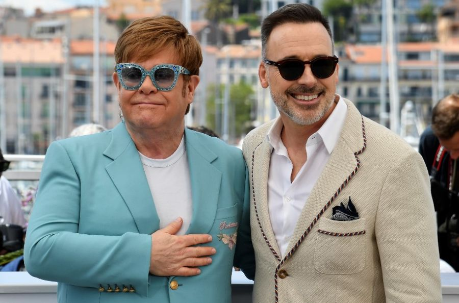 Elton John y su marido David Furnish
