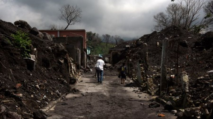 Volcan Fuego Guatemala g_20190605