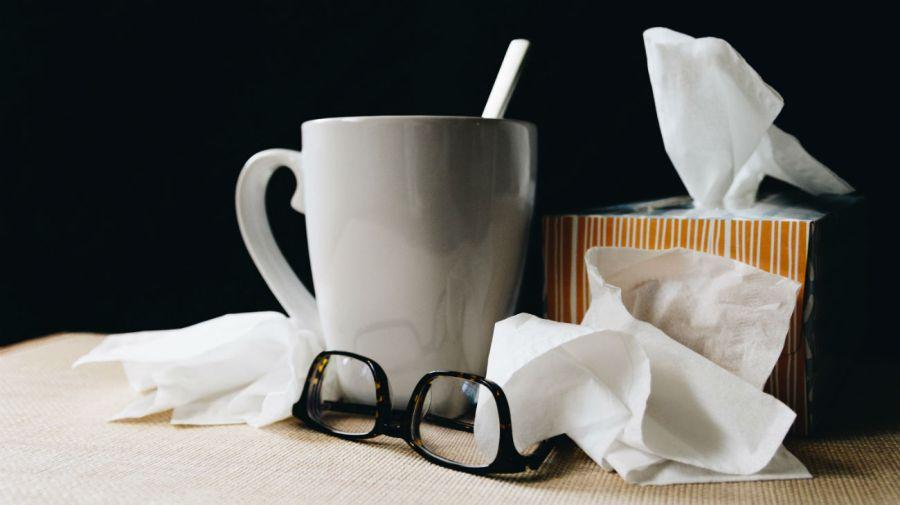 Hay que usar pañuelos descartables para evitar la propagación de virus y bacterias.