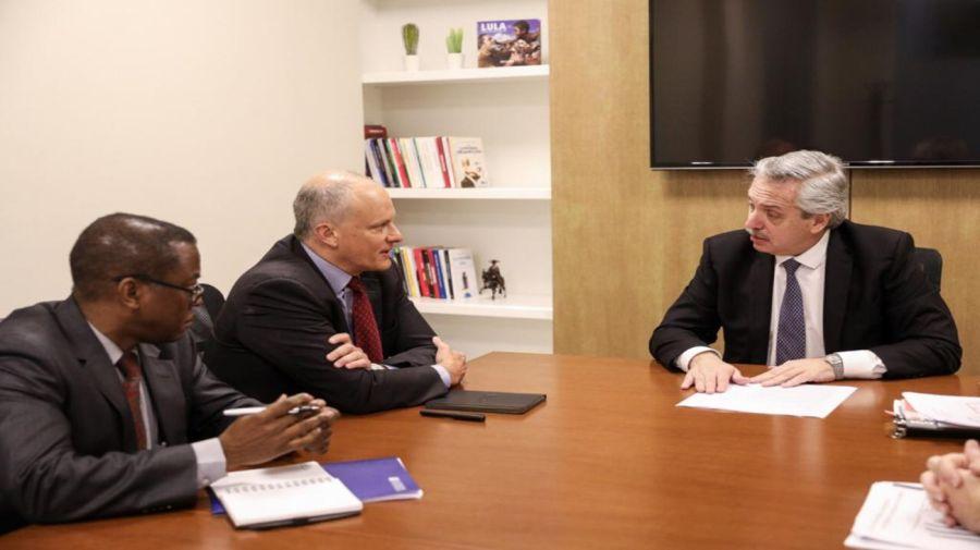 Alberto Fernández y el director del FMI