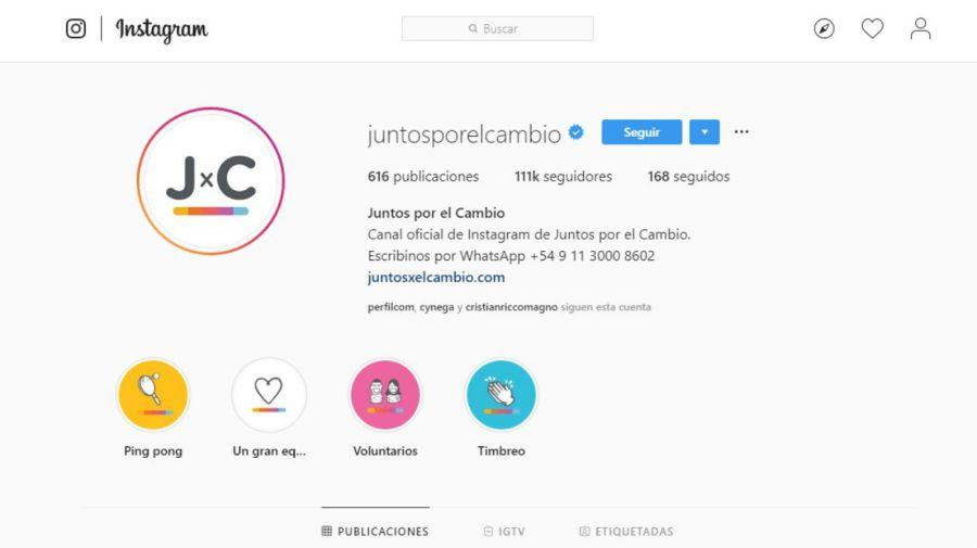 Juntos por el Cambio ofrece un número de Whatsapp en sus redes sociales.