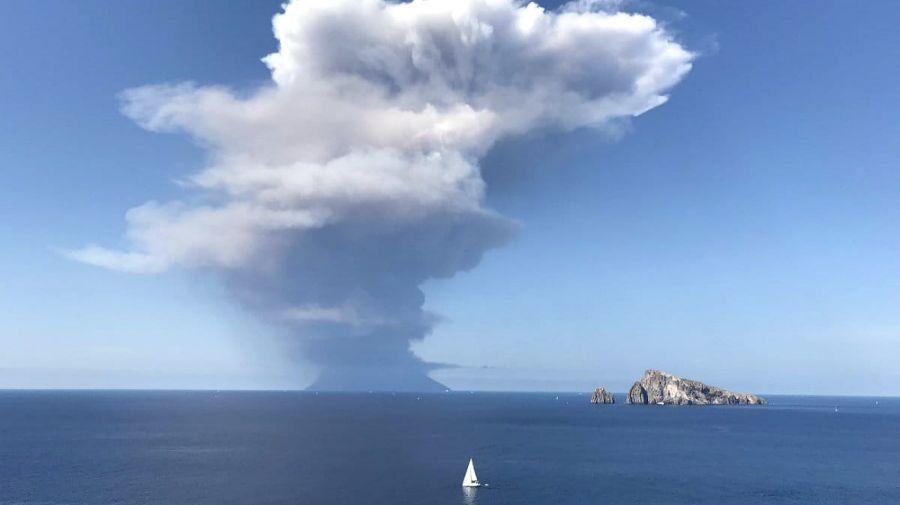 volcan stromboli italia