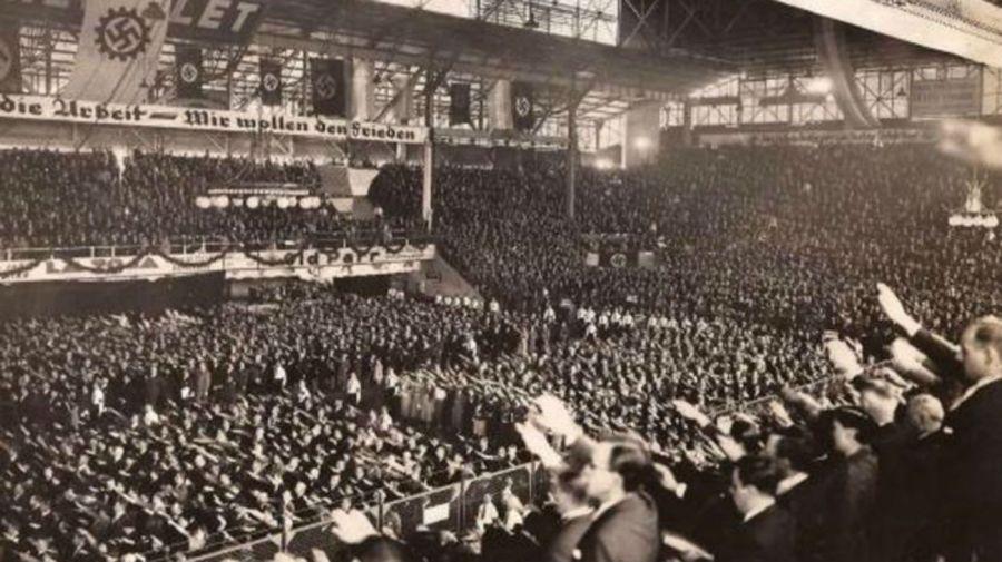 Reunión nazi Luna Park