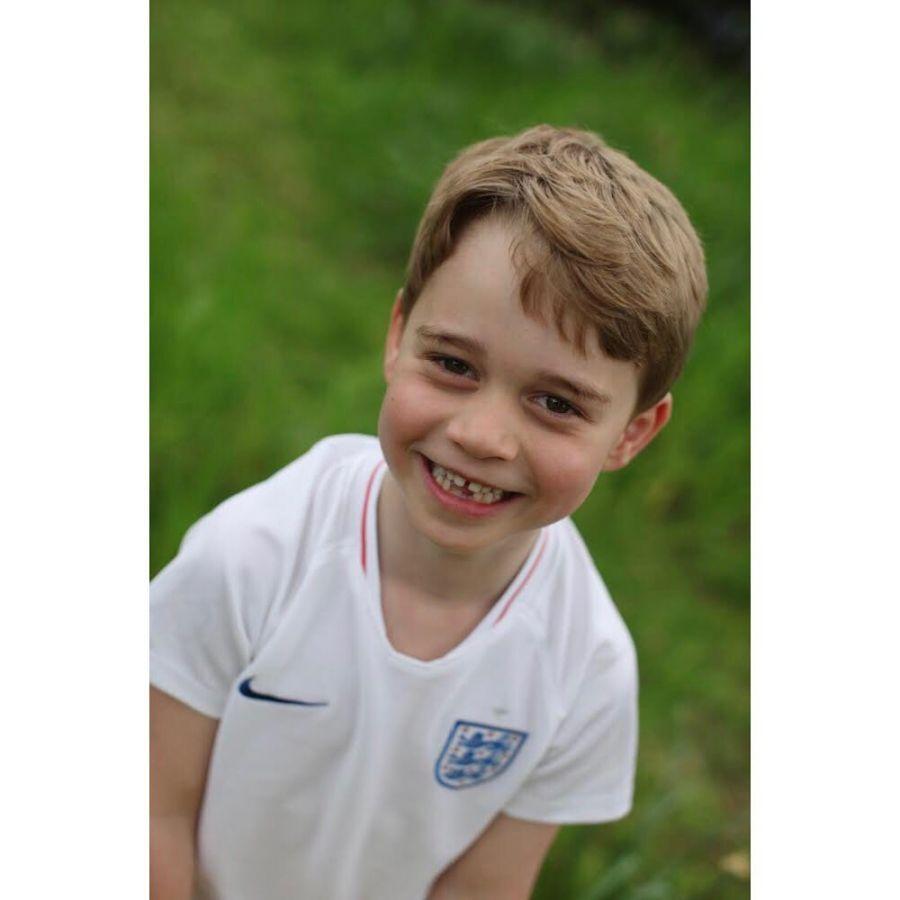 El Príncipe George en su sexto cumpleaños.