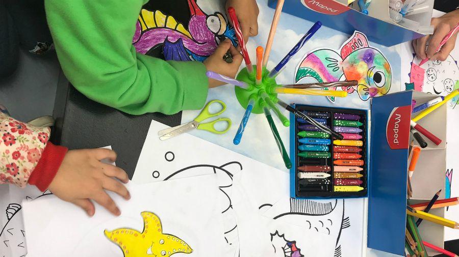 Arte gratuito para los chicos, una alternativa para entretenerlos en vacaciones.