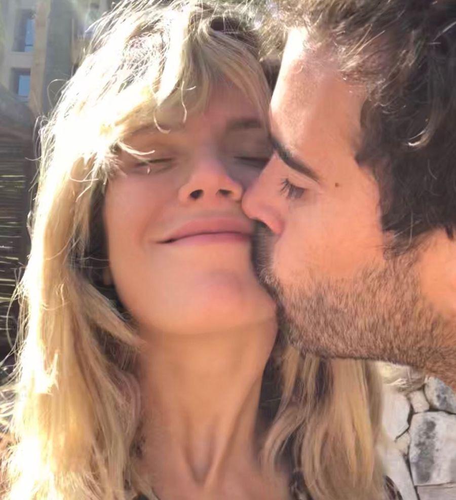 Laurita Fernández y Nicolás Cabré: un año de amor en fotos