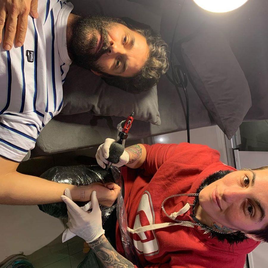Mariano Martínez se tatuó el nombre de su mujer y de su hija