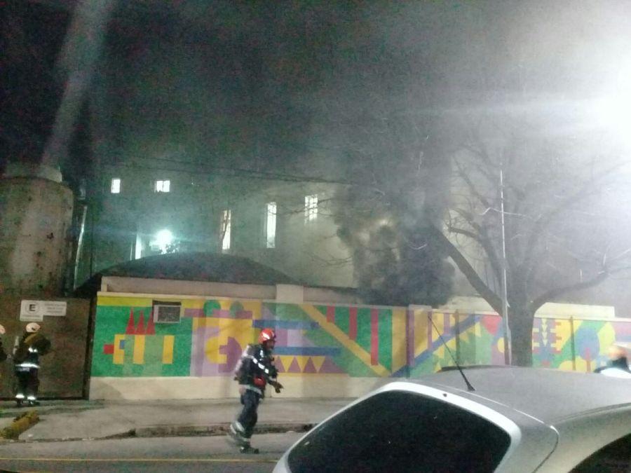 Incendio del depósito del Hospital Gutiérrez.